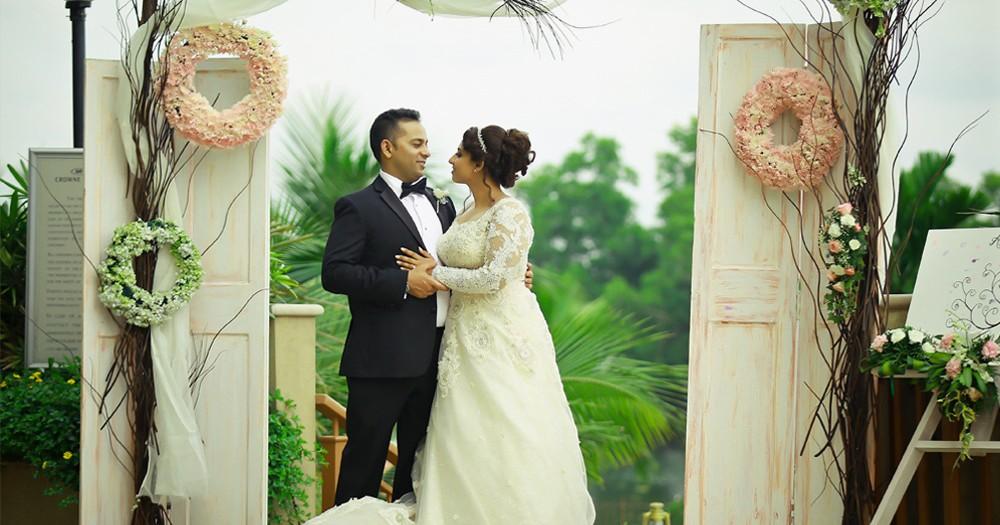 DESTINATION WEDDING COUPLES