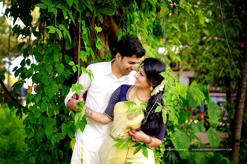 Kerala romantic wedding pictures