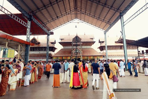 Grand Wedding Photography At Guruvayur Temple
